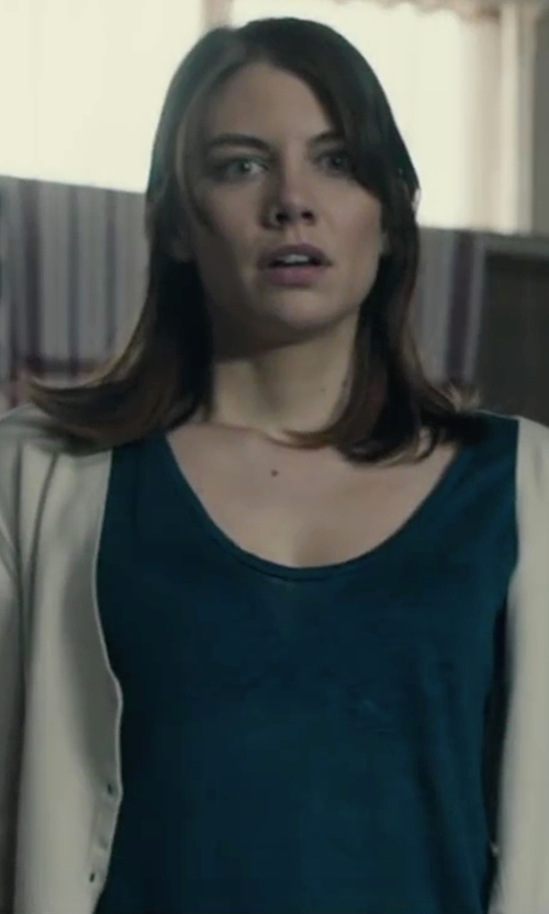 Lauren Cohan with T by Alexander Wang Scoop Neck T-Shirt in The Boy