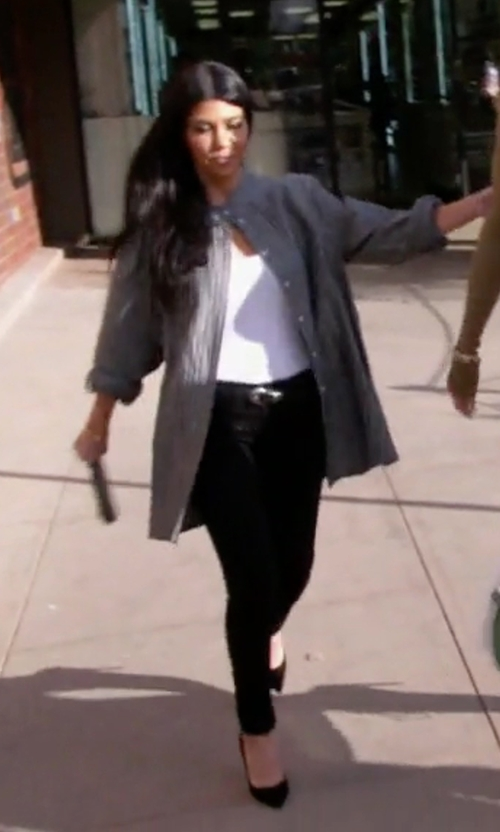 Kourtney Kardashian with Gianvito Rossi Suede Pumps in Keeping Up With The Kardashians