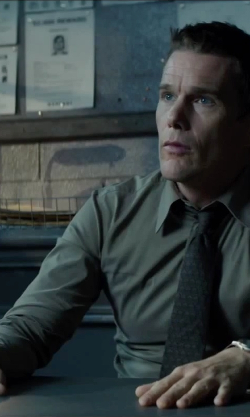 Ethan Hawke with Van Heusen Wrinkle-Free Spread-Collar Dress Shirt in Regression