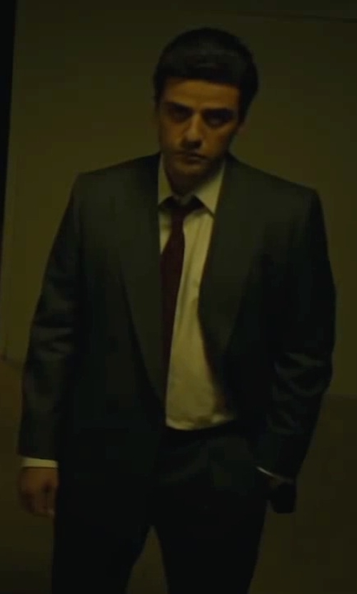 Oscar Isaac with Ermenegildo Zegna Regular Fit Solid Dress Shirt in A Most Violent Year