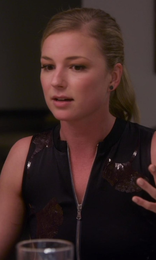 Emily VanCamp with Marc By Marc Jacobs Pavé Stud Earrrings in Chelsea