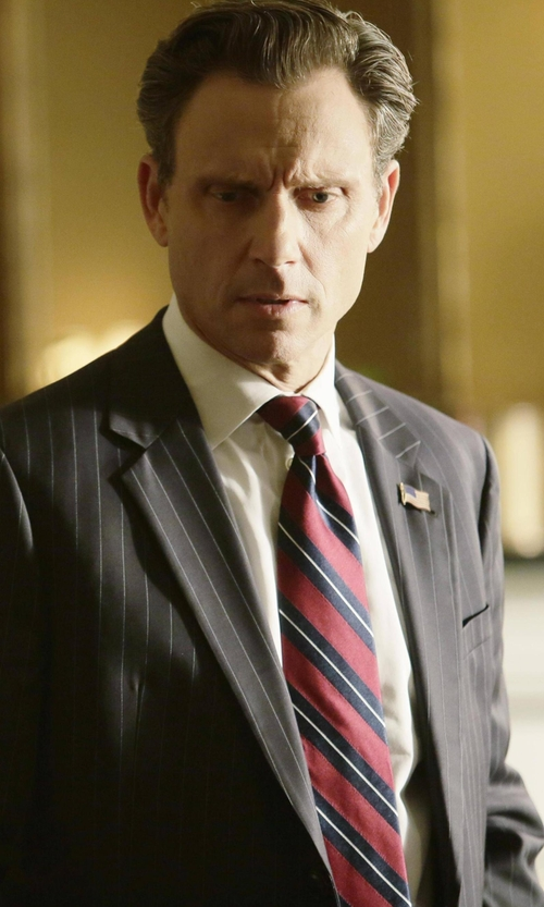 Tony Goldwyn with Brooks Brothers Fitzgerald Fit Two-Button 1818 Suit in Scandal