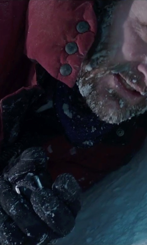 Jason Clarke with Black Diamond Pilot Gloves in Everest