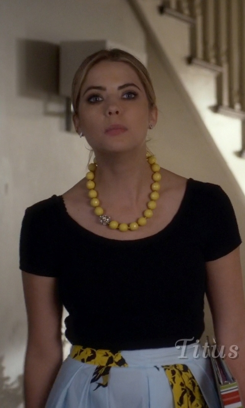Ashley Benson with Groceries Pennyroyal Crop Top in Pretty Little Liars