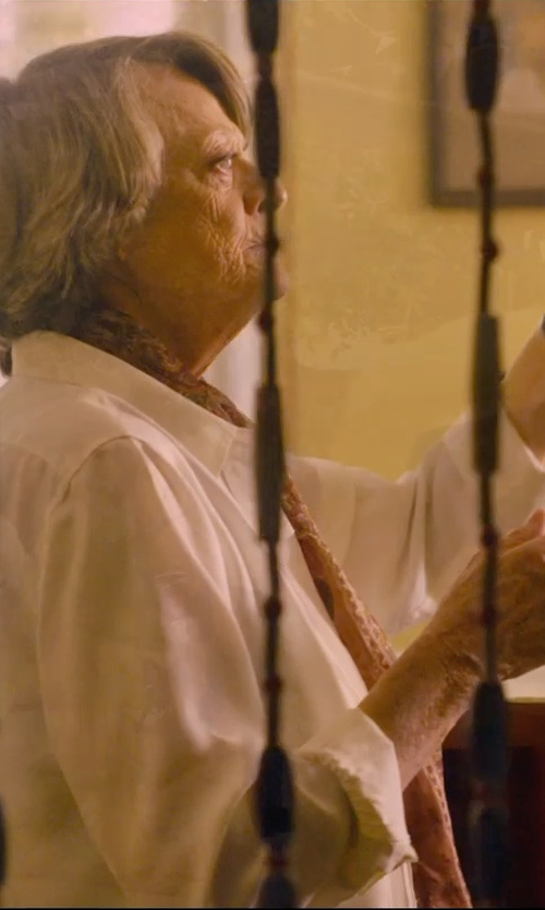 Maggie Smith with Equipment 'Raylen' Shirt in The Second Best Exotic Marigold Hotel