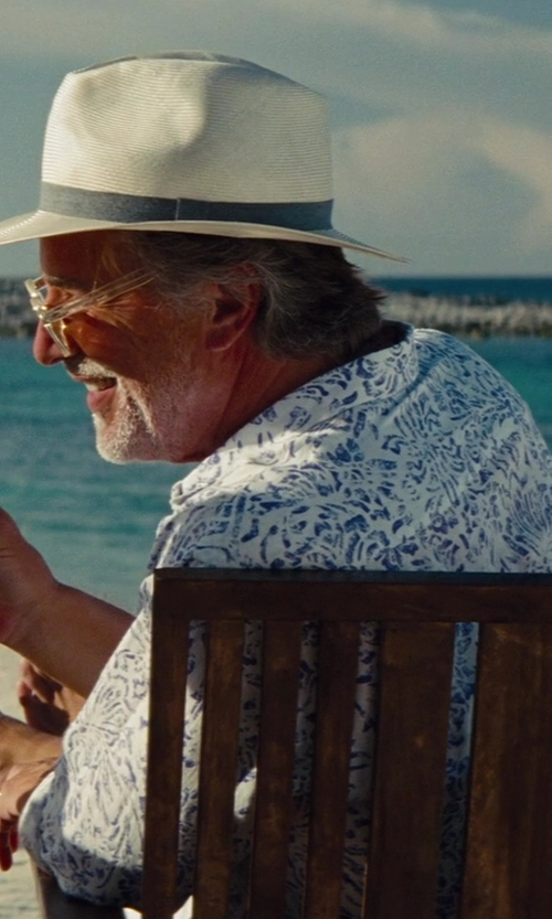 Don Johnson with Apple iPhone 5 in The Other Woman