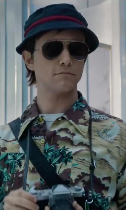 Joseph Gordon-Levitt with 7 Diamonds Short Sleeve Sportshirt in The Walk