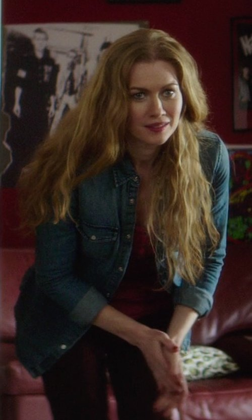 Mireille Enos with BDG Vintage Inspired Denim Button Down Shirt in If I Stay