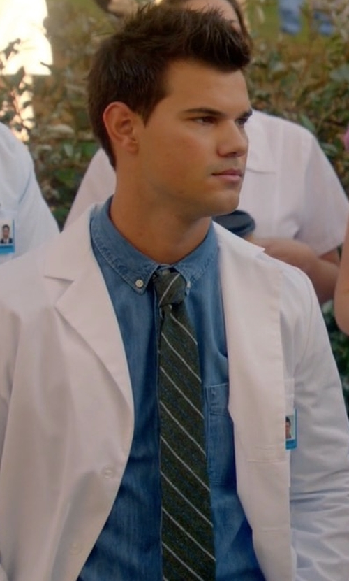 Taylor Lautner with Brunello Cucinelli Long-Sleeve Button-Down Shirt in Scream Queens