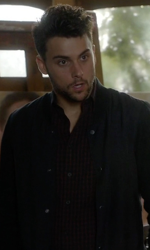Jack Falahee with Rag & Bone 'The Stock' Shirt in How To Get Away With Murder