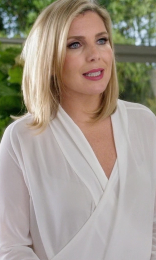 June Diane Raphael with Krisa Peasant Mini Dress in Grace and Frankie