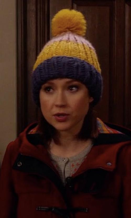 Ellie Kemper with Crown Hand Knit Pom Pom Beanie in Unbreakable Kimmy Schmidt