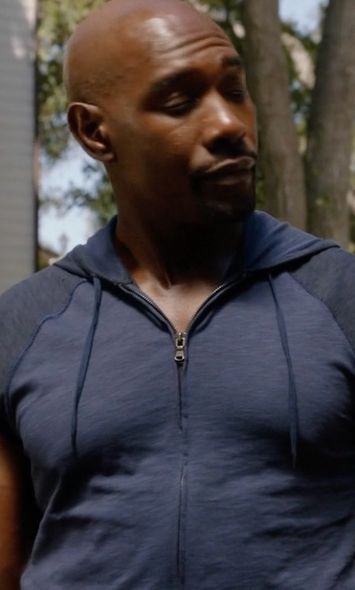 Morris Chestnut with John Varvatos Star USA Terry Knit Zip-Front Hooded Vest in Rosewood