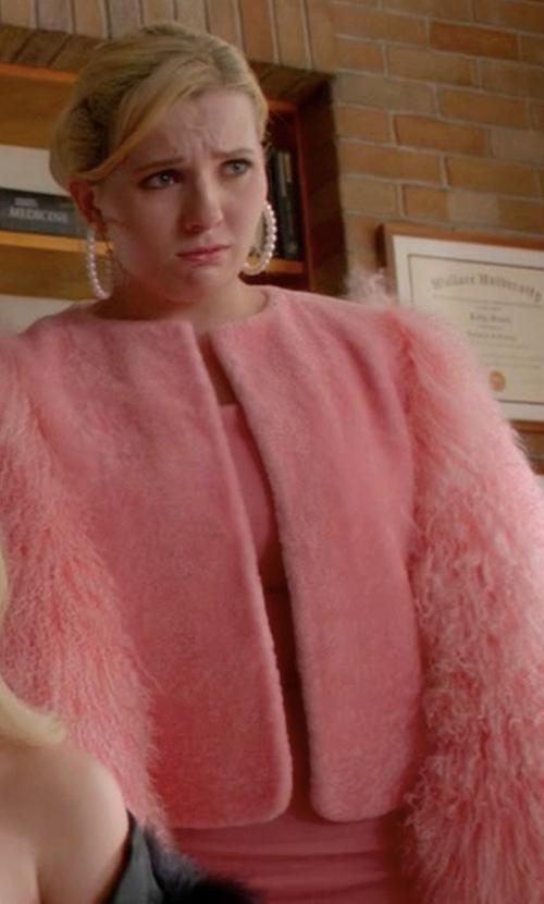 Abigail Breslin with Charlotte Simone Big Bird Pink Lambswool Jacket in Scream Queens