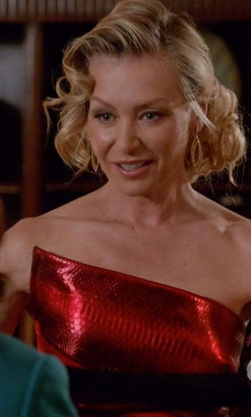 Portia de Rossi with Alexander McQueen Origami Strapless Gown in Scandal