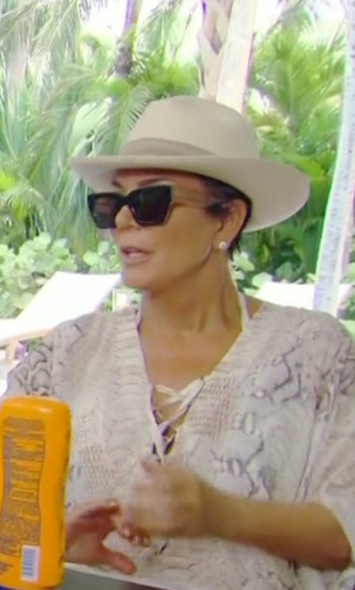 Kris Jenner with Gucci Square Sunglasses in Keeping Up With The Kardashians