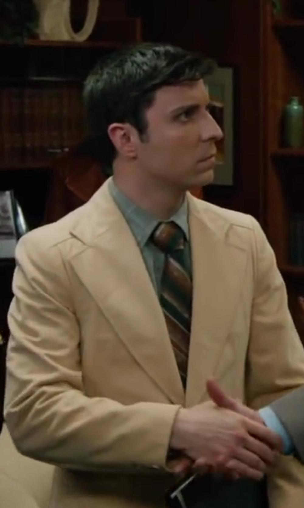 Dave Pileggi with Yournecktieshop Orange Striped - 1970s Countess Mara Necktie in Anchorman 2: The Legend Continues