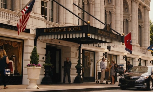 Unknown Actor with Hermitage Hotel Nashville, Tennessee in Master of None