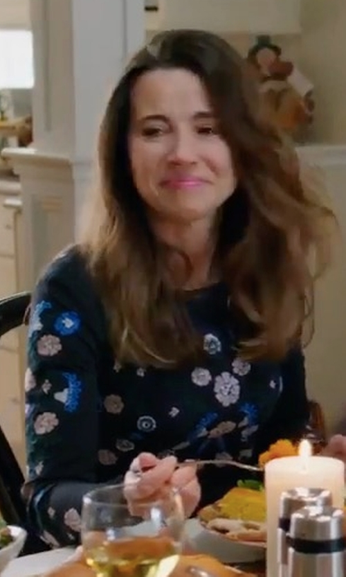 Linda Cardellini with Blugirl Blumarine Floral Sweater in Daddy's Home 2