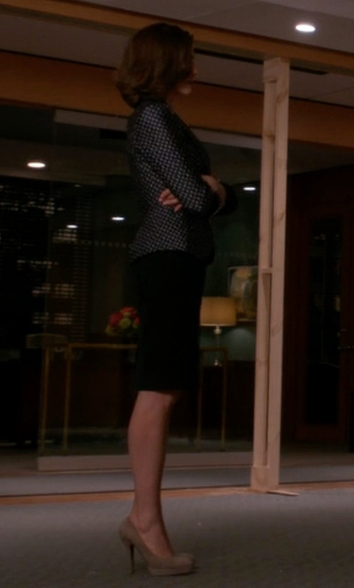 Julianna Margulies with Pour La Victoire Irina Dress Pumps in The Good Wife