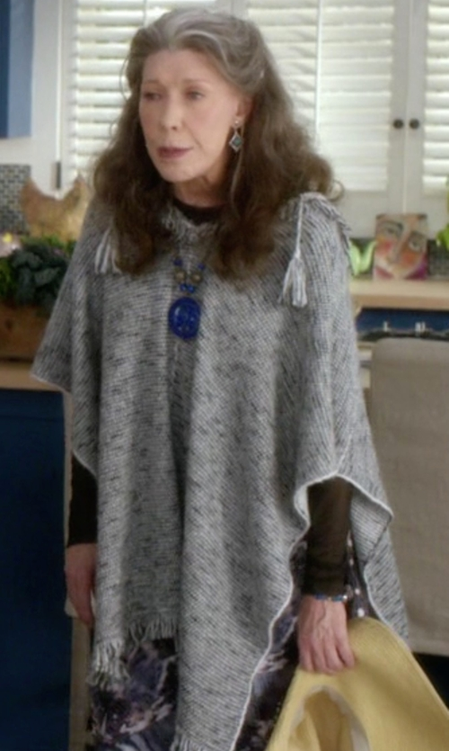 Lily Tomlin with Central Park West Oahu Off Shoulder Poncho in Grace and Frankie