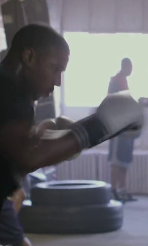 Michael B. Jordan with Everlast Boxing Pro Training Gloves in Creed
