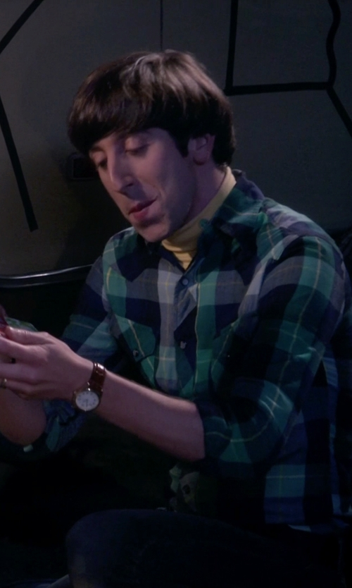 Simon Helberg with Bulova Leather Dress Watch in The Big Bang Theory