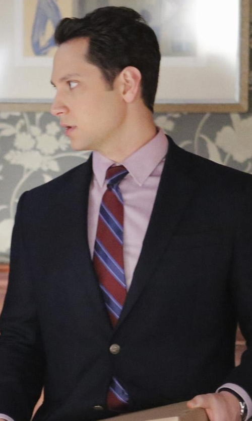 Matt McGorry with Fairfax Stripe Jacquard Tie in How To Get Away With Murder