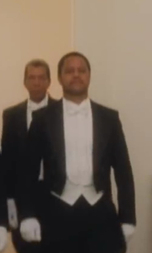 Cuba Gooding Jr. with Theory Slyvain Solid Dress Shirt in Lee Daniels' The Butler