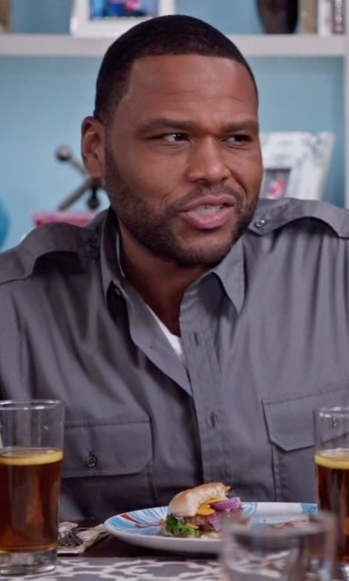 Anthony Anderson with Urban Outfitter All-Son Button-Down Utility Shirt in Black-ish