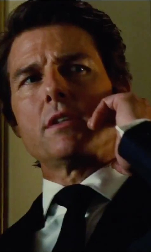 Tom Cruise with Ralph Lauren Solid Silk Repp Tie in Mission: Impossible - Rogue Nation