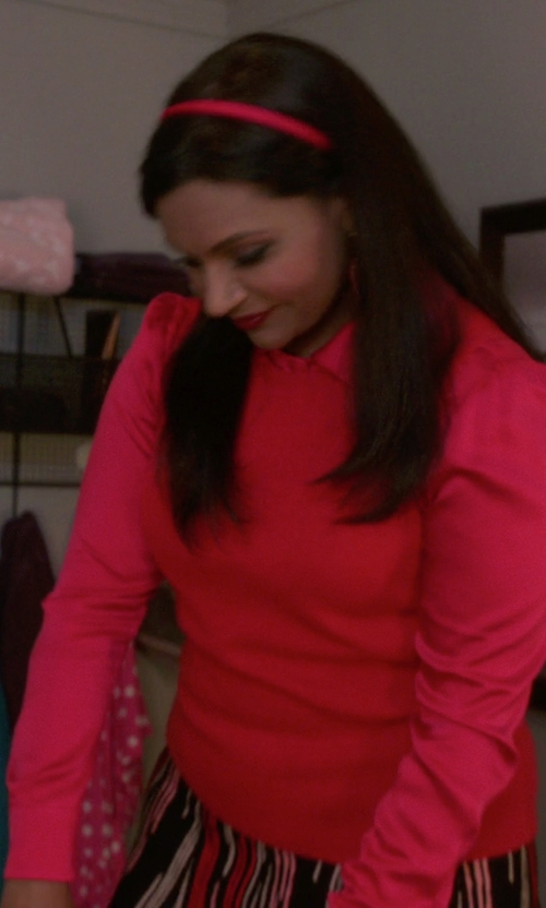 Mindy Kaling with MICHAEL Michael Kors Back Pleated Shirt in The Mindy Project