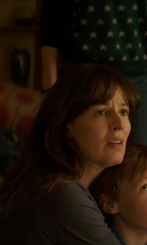 Rosemarie DeWitt with T by Alexander Wang Linen Long Sleeve Crew Neck Tee in Poltergeist