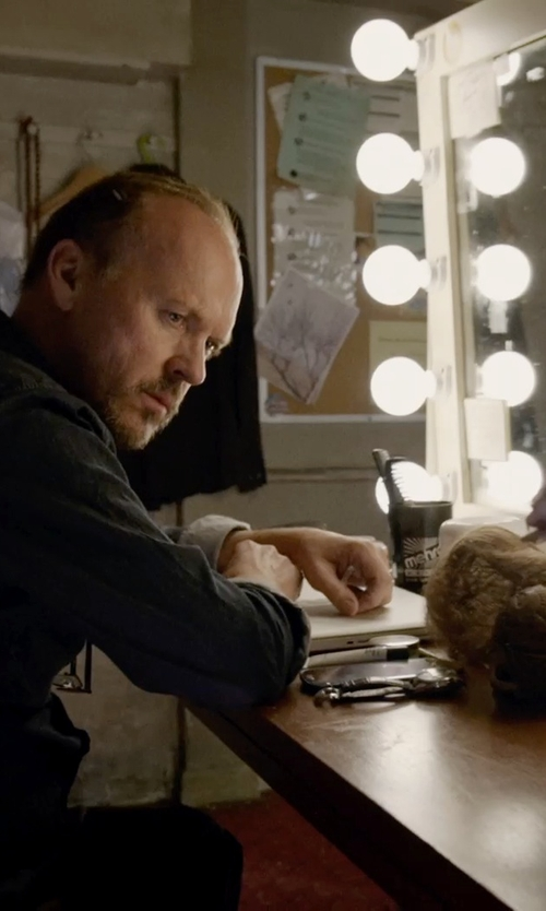 Michael Keaton with Apple MacBook Pro Laptop in Birdman