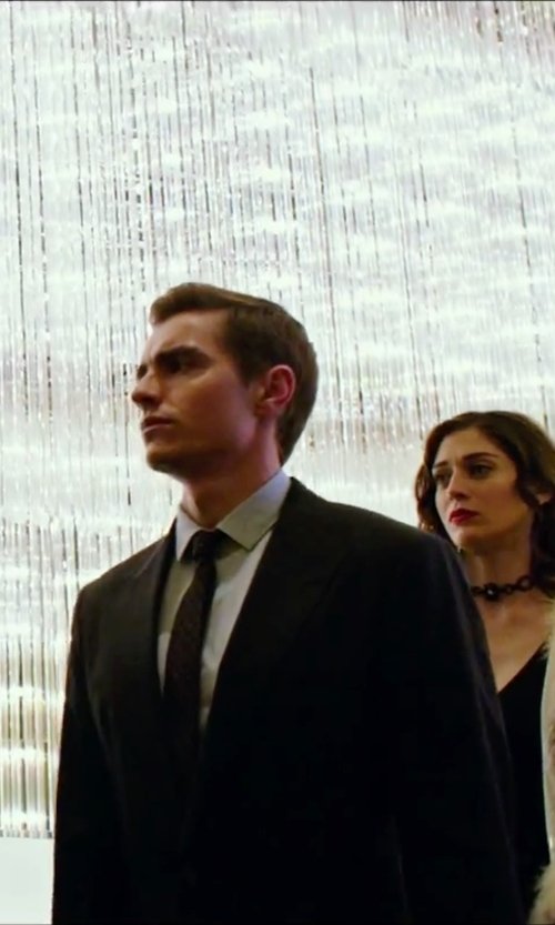 Dave Franco with Armani Collezioni Classic Two Piece Suit in Now You See Me 2