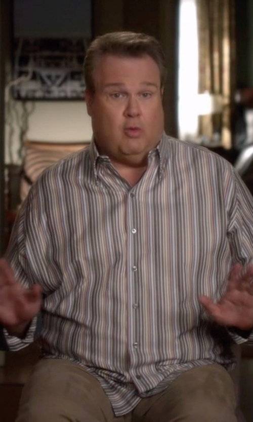 Eric Stonestreet with Rag & Bone Chino Pants in Modern Family