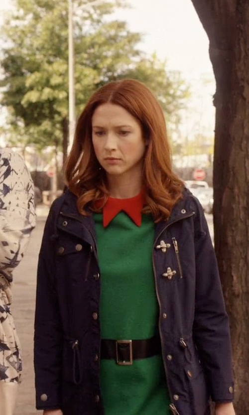Ellie Kemper with Tommy Hilfiger Coated-Cotton Field Jacket in Unbreakable Kimmy Schmidt