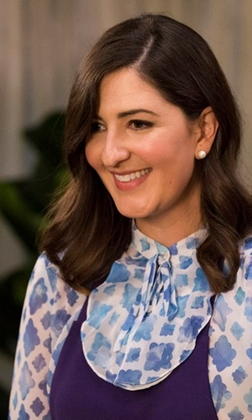 D'Arcy Carden with Tory Burch Kia Lili Floral Silk Bow Blouse in The Good Place