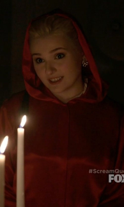 Abigail Breslin with Spirit Halloween Satin Hooded Cape in Scream Queens