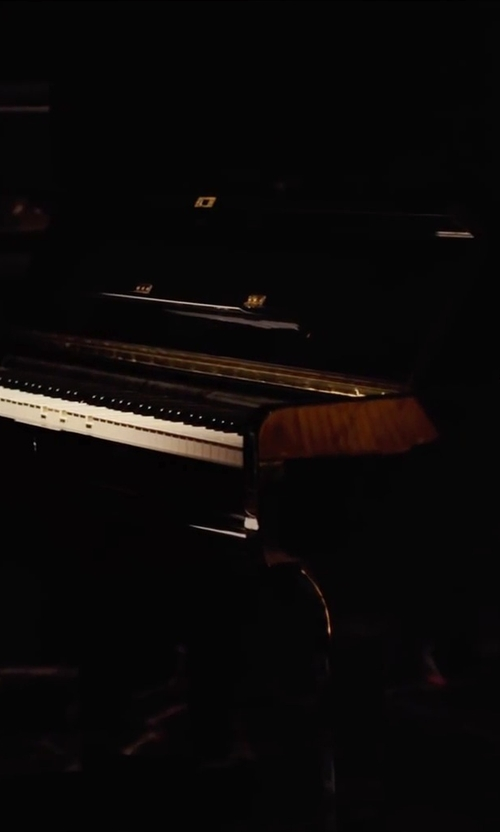 Unknown Actor with Yamaha Arius Digital Piano in Begin Again