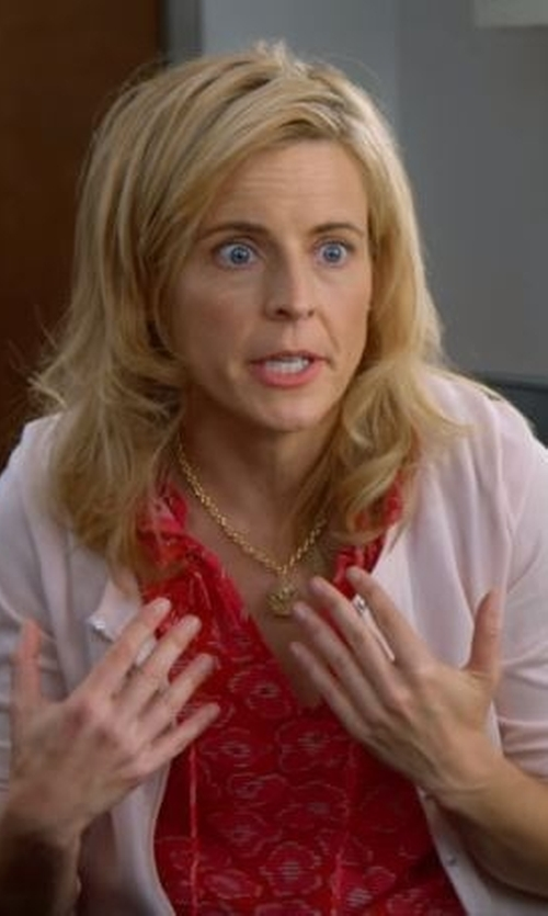 Maria Bamford with Caslon Print Split Neck Peasant Top in Lady Dynamite