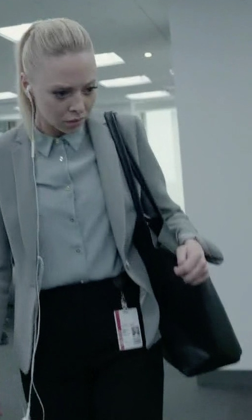 Portia Doubleday with Michael Michael Kors Jet Set Travel Medium Saffiano Tote Bag in Mr. Robot