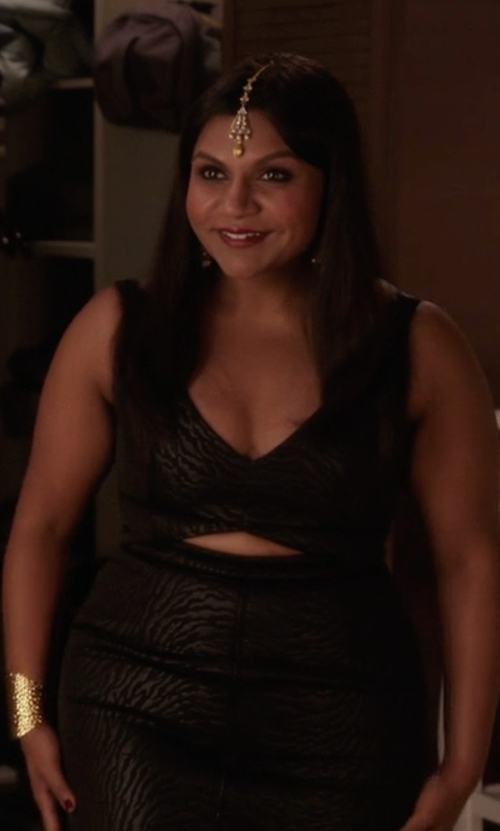 Mindy Kaling with Alice + Olivia Hera Front Cutout Dress in The Mindy Project