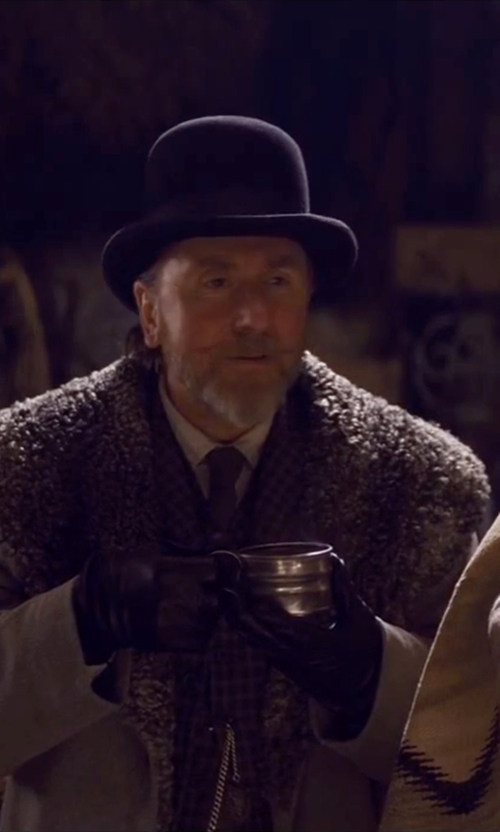 Tim Roth with Eton Solid Dress Shirt in The Hateful Eight