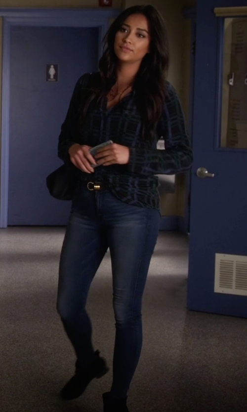 Shay Mitchell with McGuire Newton Skinny Jeans in Pretty Little Liars