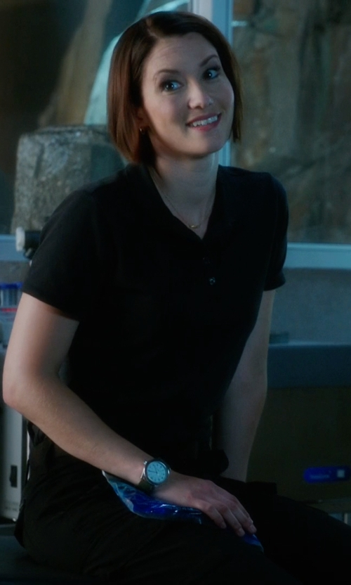 Chyler Leigh with Marc Jacobs Betty Leather Strap Watch in Supergirl