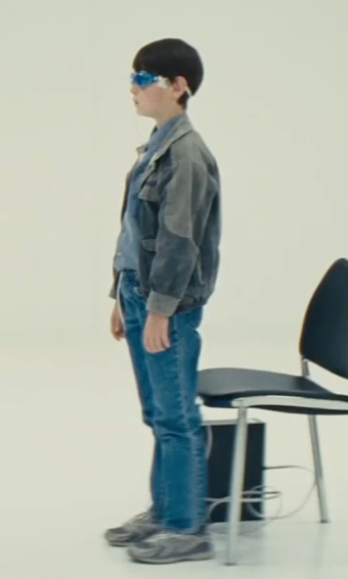 Jaeden Lieberher with Tod's Junior Low-Tops Sneakers in Midnight Special