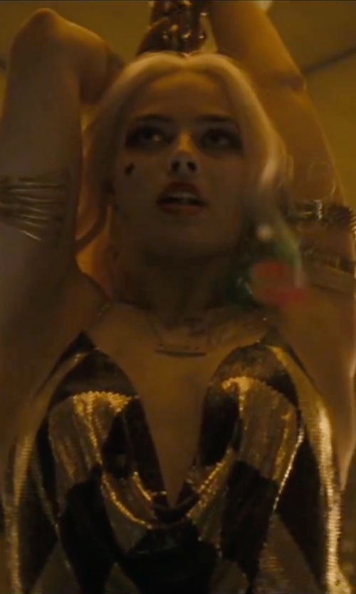 Margot Robbie with Annelise Michelson Gold Carnivore Arm Cuff Bracelet in Suicide Squad