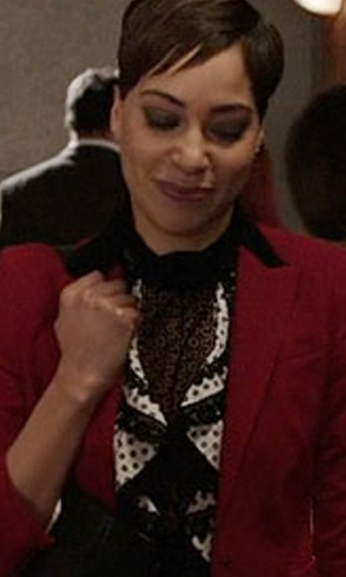 Cush Jumbo with Oscar de la Renta Daisy-Print Lace-Trimmed Top in The Good Fight