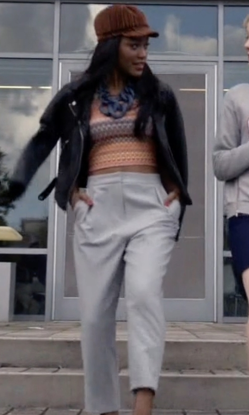 Keke Palmer with Topshop Cropped Peg Leg Trousers in Scream Queens